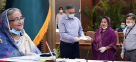 Purbachal Club donates Tk 50 lakh to PM's relief & welfare fund in Corona